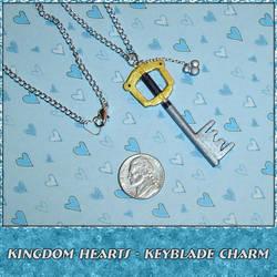 Kingdom Hearts Keyblade Charm by YellerCrakka