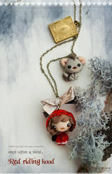 Red riding hood, necklace by maria-chan