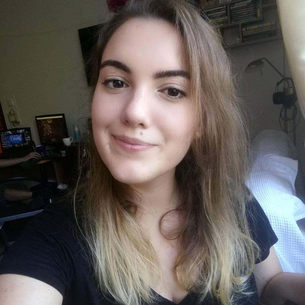 Mew-Aqua's Profile Picture