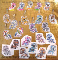 Pony Adoptable Badges by dizziness