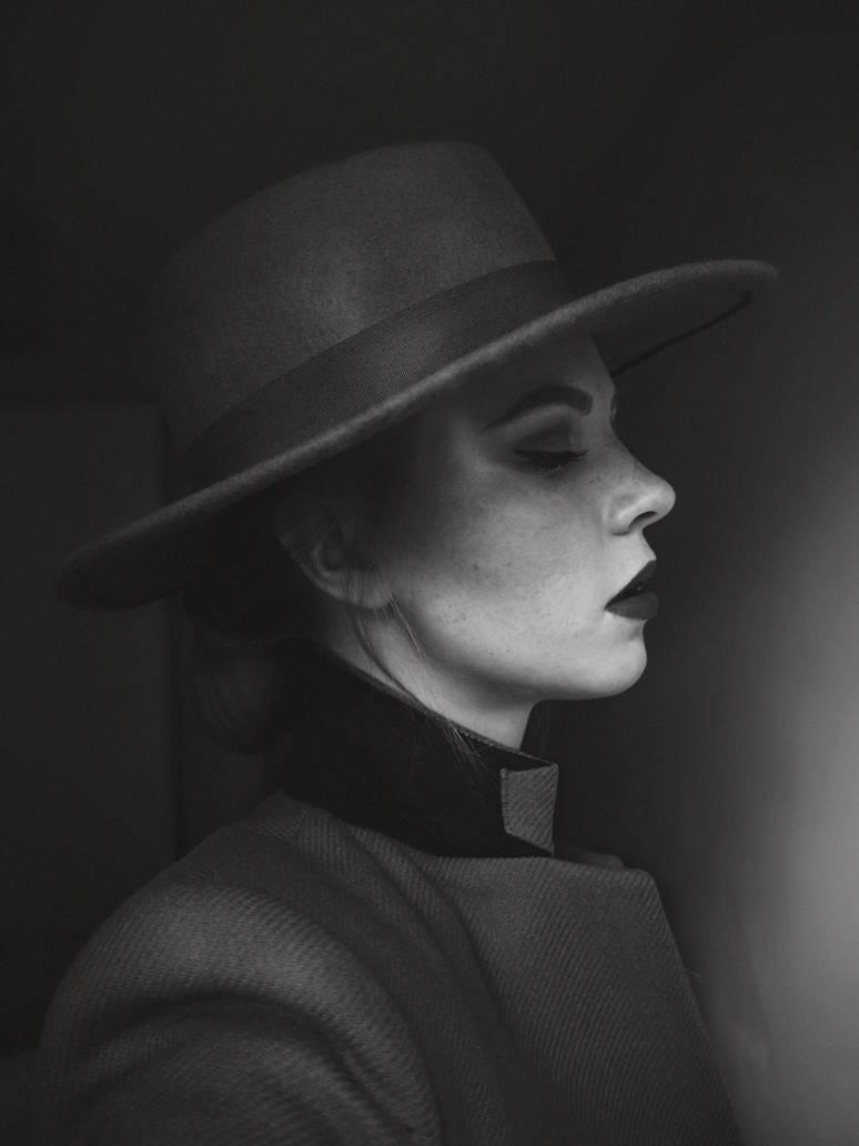 VOGUE PORTRAIT by ZuzuTurkova