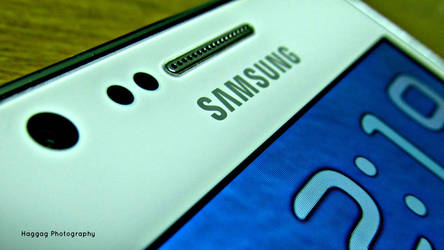 Samsung Galaxy SII by haggaghm