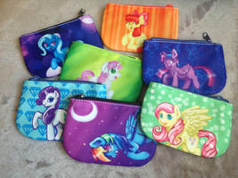 Coin Purses! by cosmocatcrafts