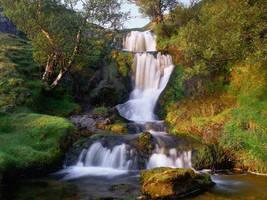 Little Waterfall by artful-xtra