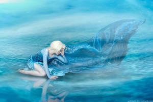 Frozen cosplay - Elsa II by Ashitaro