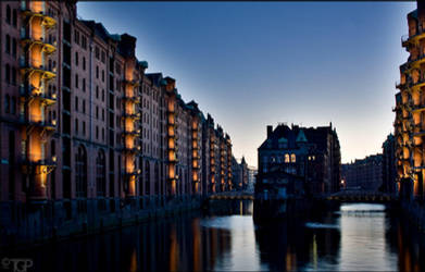 Hamburg Impressions III by RaumKraehe