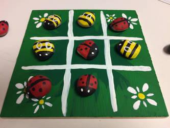 Ladybug Bumblebee Tic-Tac-Toe by ShadOBabe