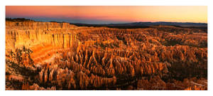 Bryce Canyon Twilight by collectiveone