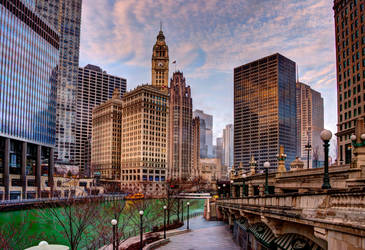 Chicago skyline from Riverwalk by spudart