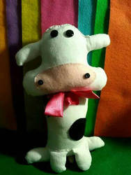 Cow Plushie  (Commission) by AllDolledUpByEm