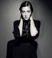 noir-esk by HannahCombs