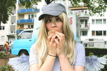 Mhhhh....tastes like Muffin! by shinshiphen