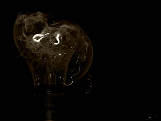 shattered light bulb version2 by philinchilin