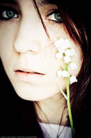 smile in rain- by SmiLe-in-RaiN