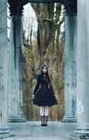 Gothic Lolita by sarielowa