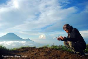 Pray by gat0t