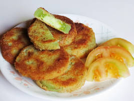 Fried Green Tomatoes by Kitteh-Pawz