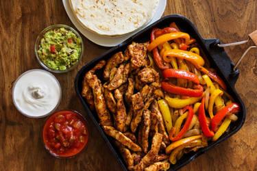 Chicken Fajitas by Kitteh-Pawz