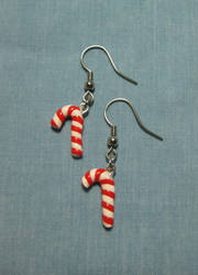 Claymas 2010-Candy Canes by okapirose