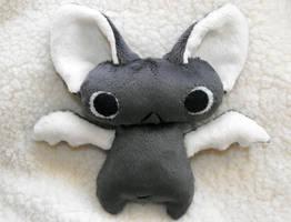 Grey Bat by HobbaGobwin