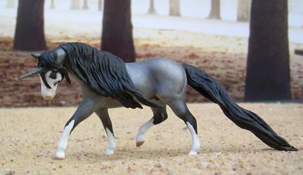 Blue Roan Unicorn by LegacyModelHorses
