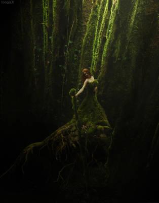 Green Queen. by Tooga