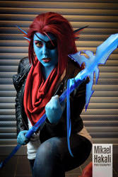 Undyne the Undying Cosplay - Undertale by Mitternachto