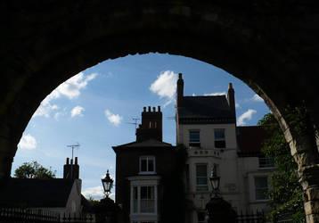 United Kingdom: Under arch by BeatryczeNowicka