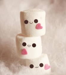Marshmallow fluff by Dipliner