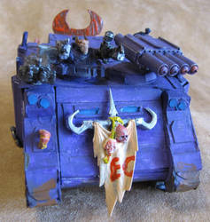 Slaanesh  rhino, front by namezong