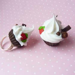cupcake's set by lemon-lovely