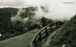 Misty Hills by varunabhiram