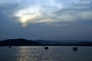 Udaipur Sunset by varunabhiram