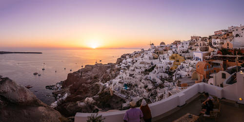 Sunset at Oia by varunabhiram