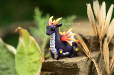 Ball-jointed dragon - dark purple by dallia-art