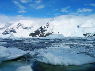 Antarctic Landscape 2 by Serendith