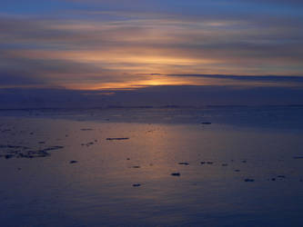 Midnight Sun by Serendith