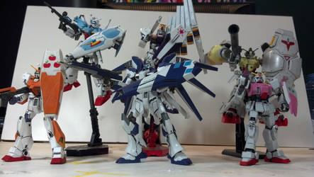 GUNDAM TEAM HARMONY COMPLETE! by ShinMushaGundam