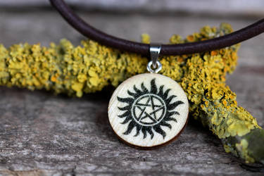 Anti-Possession necklace (Supernatural) by mygeekymuse