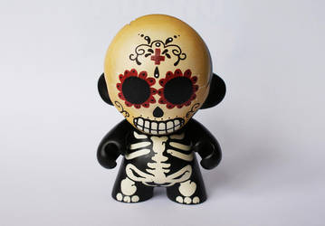 Mini Munny 'Mr. Muerto' by messymedia