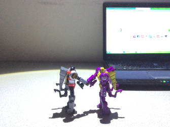 Handshake (+brighter light) by FlainYesFourzeNo