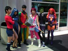 Ramona meets the Teen Titans by bethanyagogo