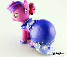 Suited for Success Twilight custom MLP by thatg33kgirl