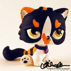 Sona custom Littlest Pet Shop toy by thatg33kgirl