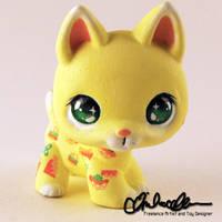 Munchy Dog custom LPS by thatg33kgirl