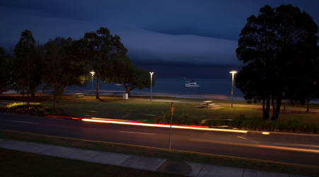 Storms rolling in SE QLD by Abatwa-Oolie