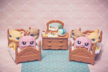 Twins Sleep Over by Teeslpscreations