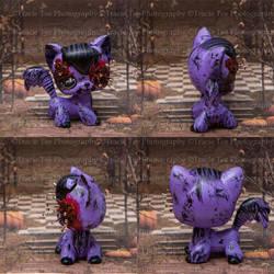 Halloween Vampire Cat by Teeslpscreations