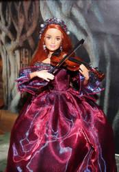 Mini violinist by DelphineHaniel