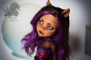 OOAK Clawdeen Wolf - Mafia girl by Skiurid